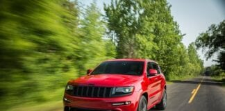 Z19915578q,jeep Grand Cherokee Srt.jpg